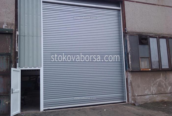 производство на индустриална ролетна врата