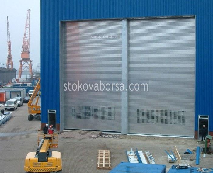 ролетна индустриална врата
