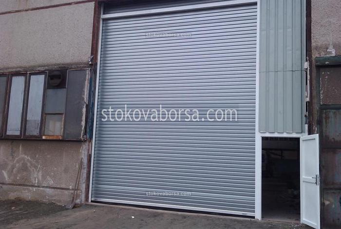 изработка и монтаж на индустриални ролетни врати