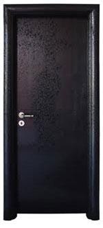Плътна интериорна врата от фурнир с матово лаково покритие