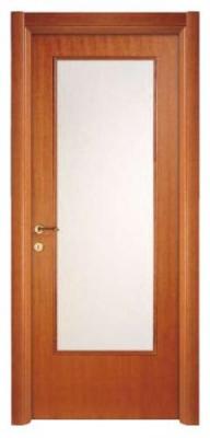 Интериорна врата със стъкло по средата