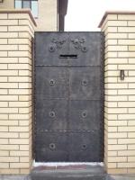 врата плътна метална 2329-3235