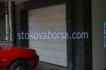 секционна гаражна врата по поръчка