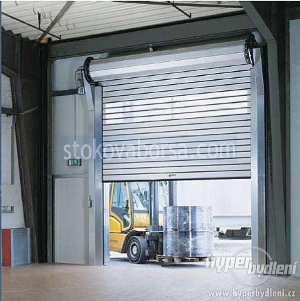fabricación de la puerta del rodillo garaje