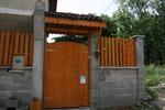 еднокрилна дървена порта по поръчка