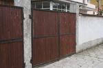 плътни дървени порти