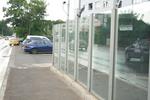 огради от стъкло за авто къща