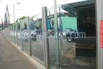 стъклени огради за автокъщи по поръчка