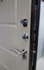 Блиндирани врати за заложни къщи - изработка от метал