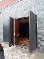 Метални врати за цехове по идея на клиента