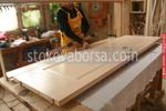 дървена врата за интериора