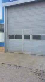 метални врати за промишлени сгради по поръчка