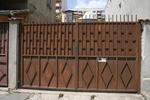 плътни метални порти