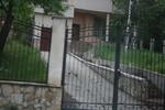 двойно отварящи се порти от ковано желязо за дворове