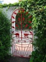 изработка на портална врата с едно крило от ковано желязо