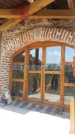 дървена плъзгаща врата